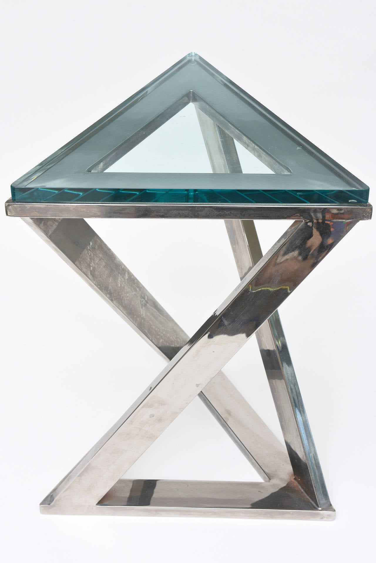 Sculptural Triangle Pace Side Or Drink Table With Triangle Green Glass 3