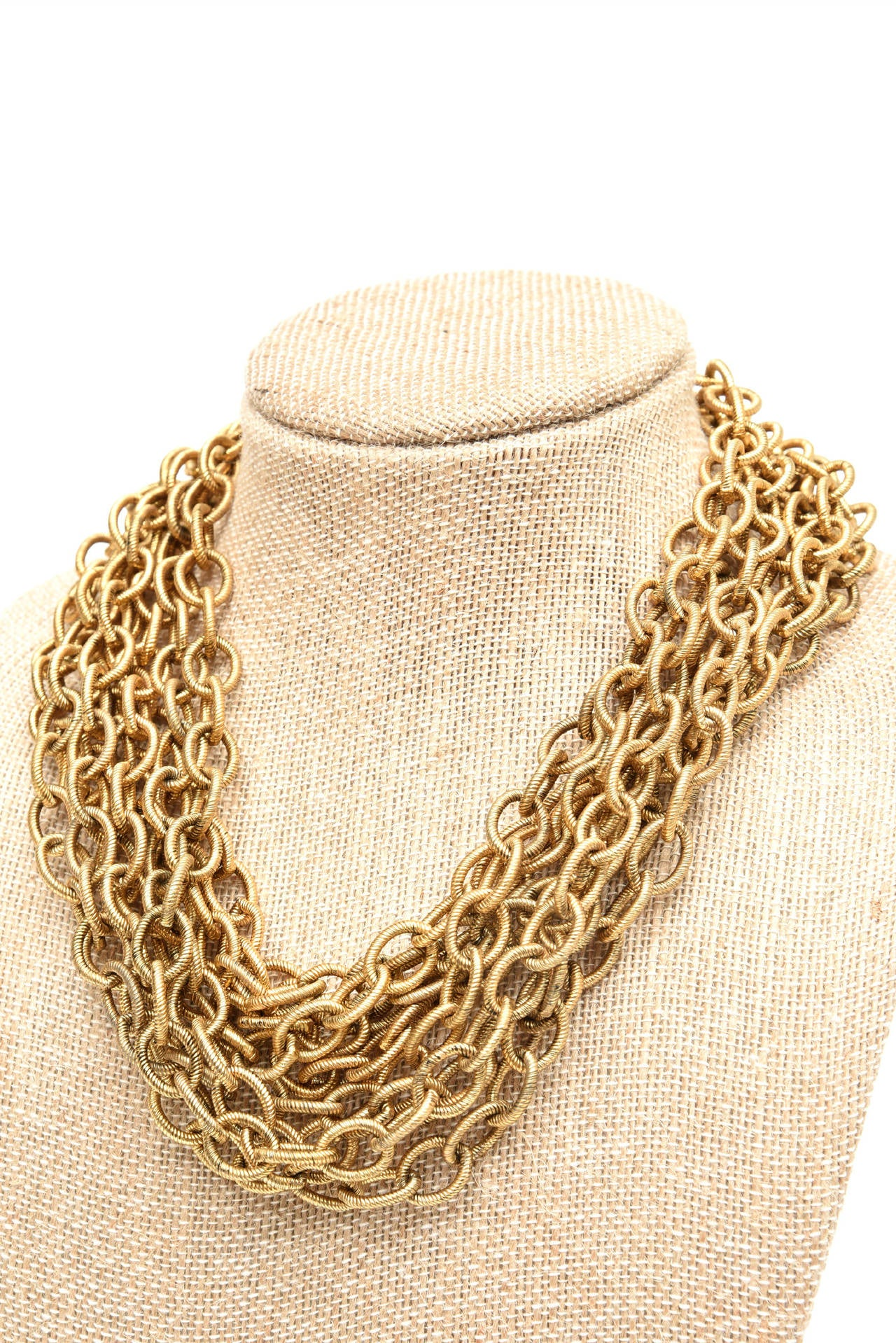 8 Row Chain Necklace Italian Vintage In Good Condition For Sale In North Miami, FL