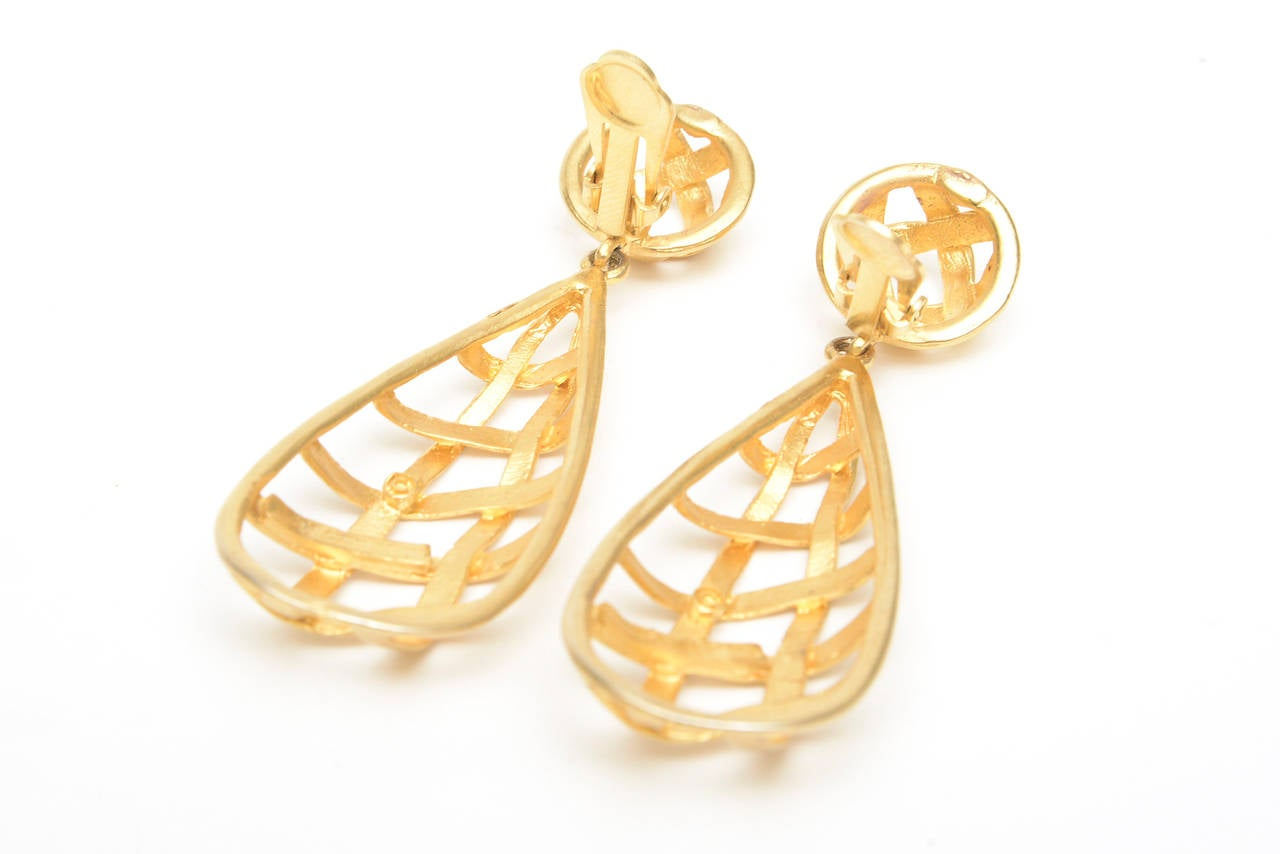 Women's Pair of Gold Plated Criss Cross Cage Dangle Earrings For Sale