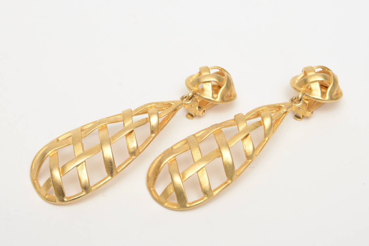 Pair of Gold Plated Criss Cross Cage Dangle Earrings For Sale 2