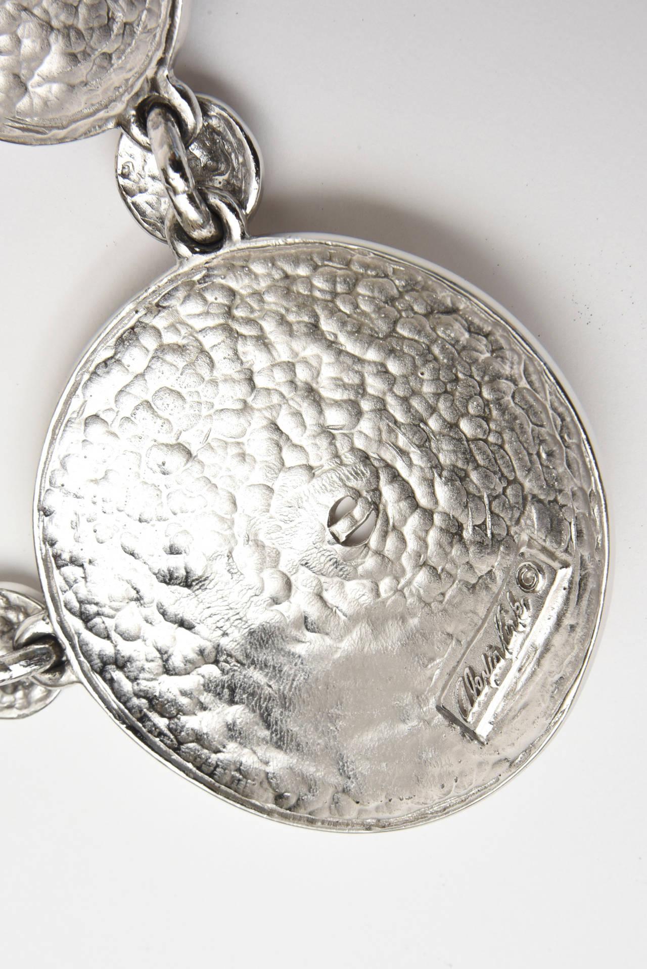 Signed Alexis Kirk Sculptural Disk Necklace For Sale 1