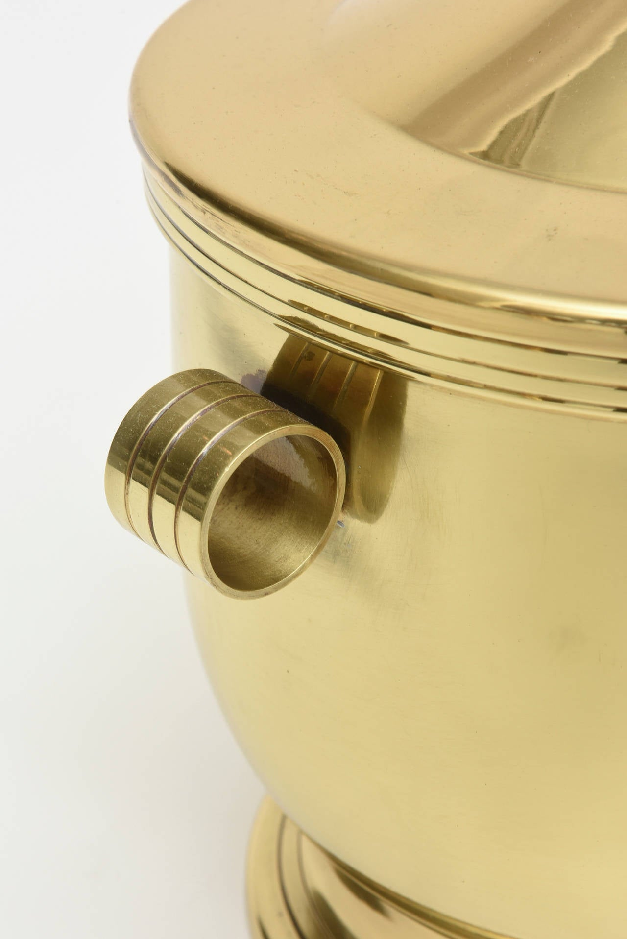 Mid-20th Century Classic Tommi Parzinger Polished Brass Ice Covered Ice Bucket For Sale