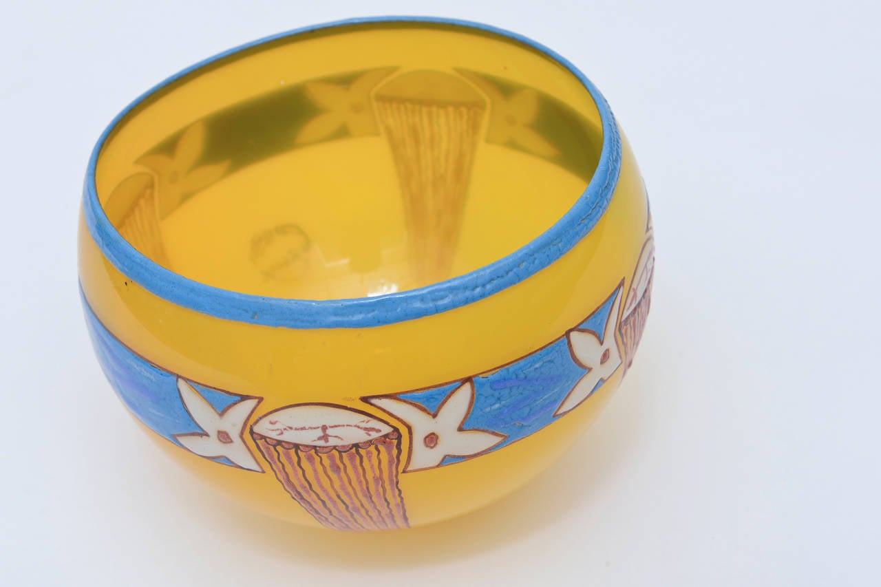 French Art Deco Handblown Glass Bowl Signed by Andre Delatte  For Sale 1