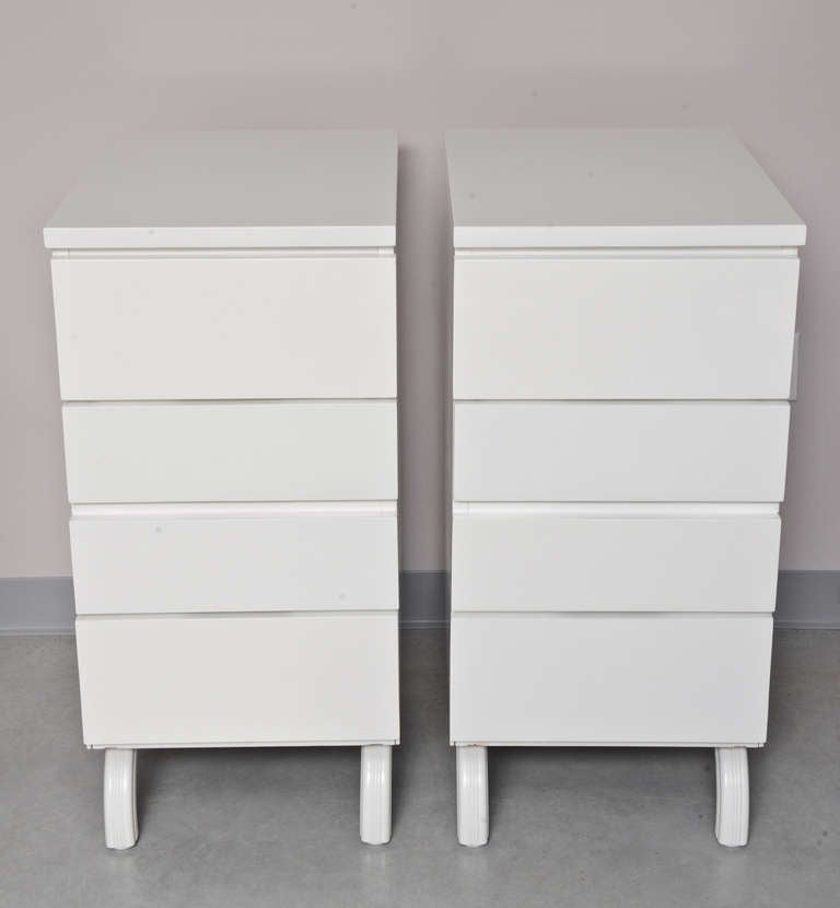 Pair of Midcentury Dressers, White Lacquer, Restored, Jewelry Cases For Sale 5
