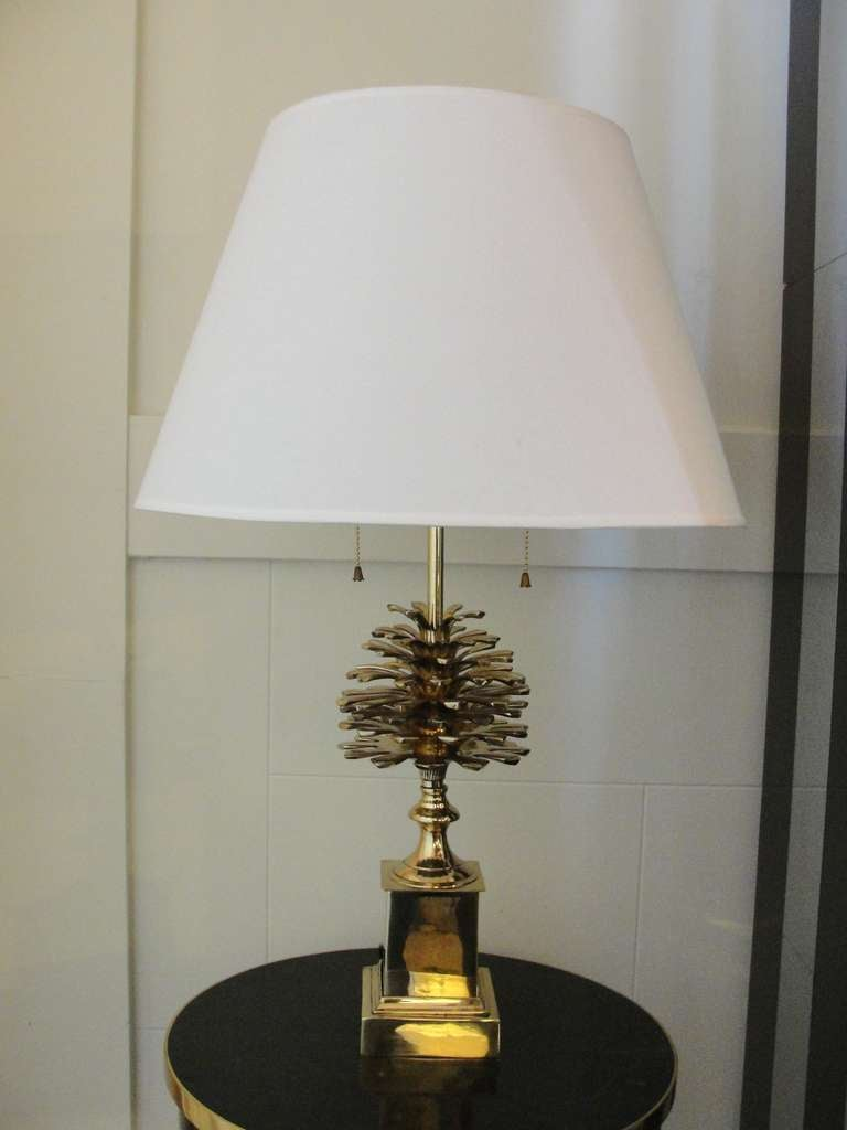 Elegant A Brass Pine Cone Table Lamp 2