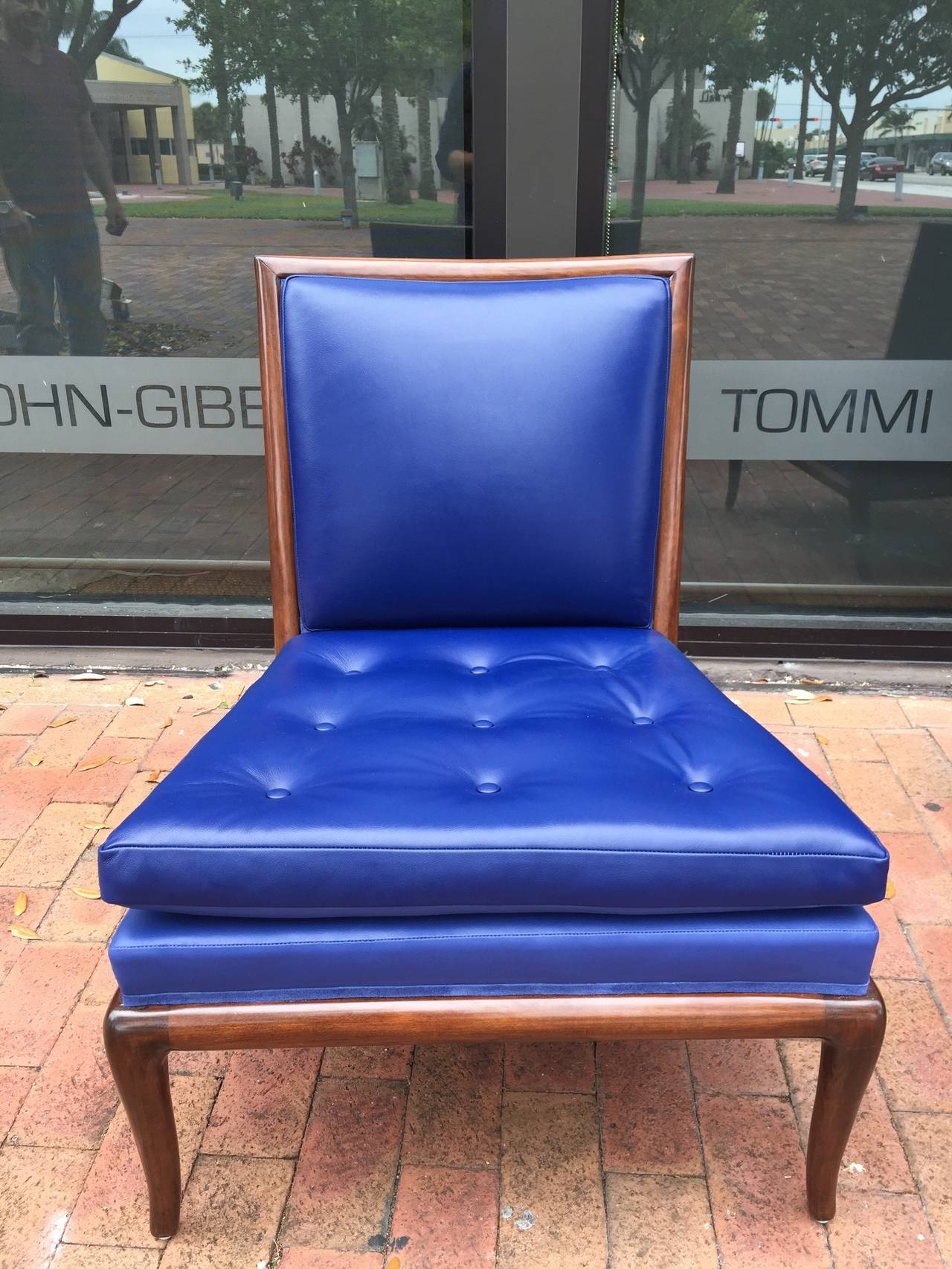 T.H. Robsjohn-Gibbings Slipper Chairs, Pair In Excellent Condition For Sale In East Hampton, NY