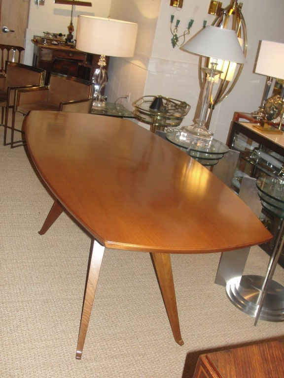 Sculptural Italian Walnut Dining Table In Excellent Condition For Sale In East Hampton, NY
