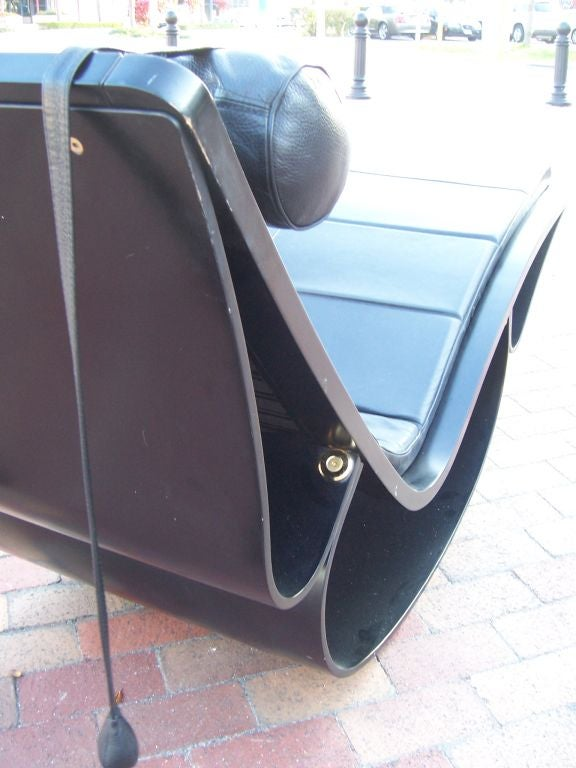 An original vintage rio rocking chaise by oscar niemeyer for Chaise longue oscar niemeyer