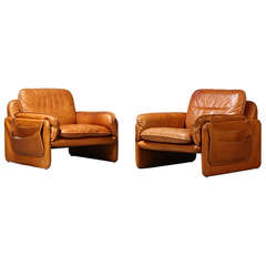 Pair of Early 1970s Club Chairs by De Sede