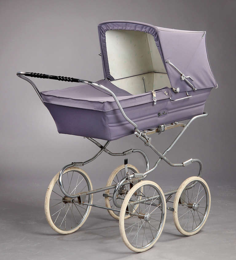 Vintage 1950s Pram Would Be A Good Prop For Childrens Store
