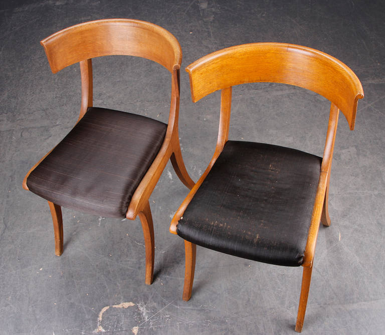 Pair of Danish 19th Century Oak Klismos Chairs In Good Condition For Sale In Hudson, NY