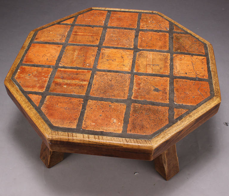 Danish 1940s-1950s Oak Octagonal Coffee Or Low Table With