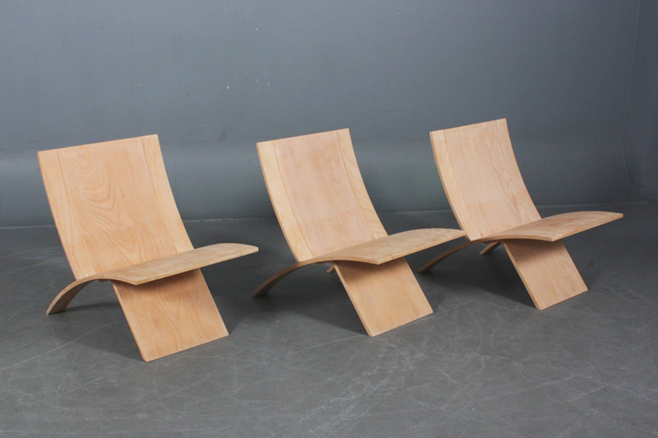 Three Laminex folding chairs of laminated beech by Danish design Jens Nielsen, circa 1970s. Note: chairs can be sold separately.