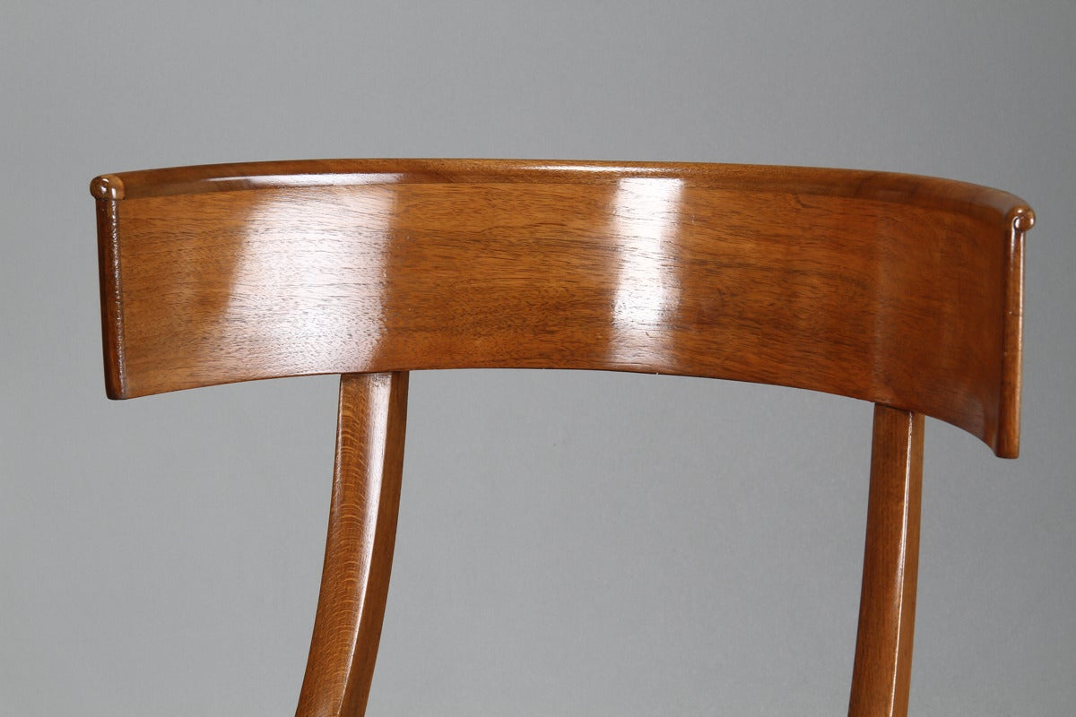 Pair of 19th Century Danish Klismos Side Chairs In Good Condition For Sale In Hudson, NY