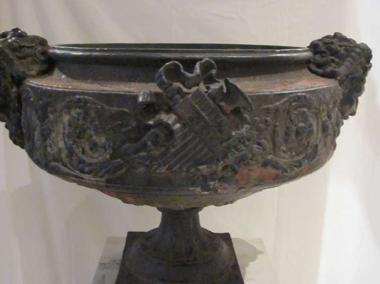 19th Century Weathered Bronze Urn, France For Sale 1