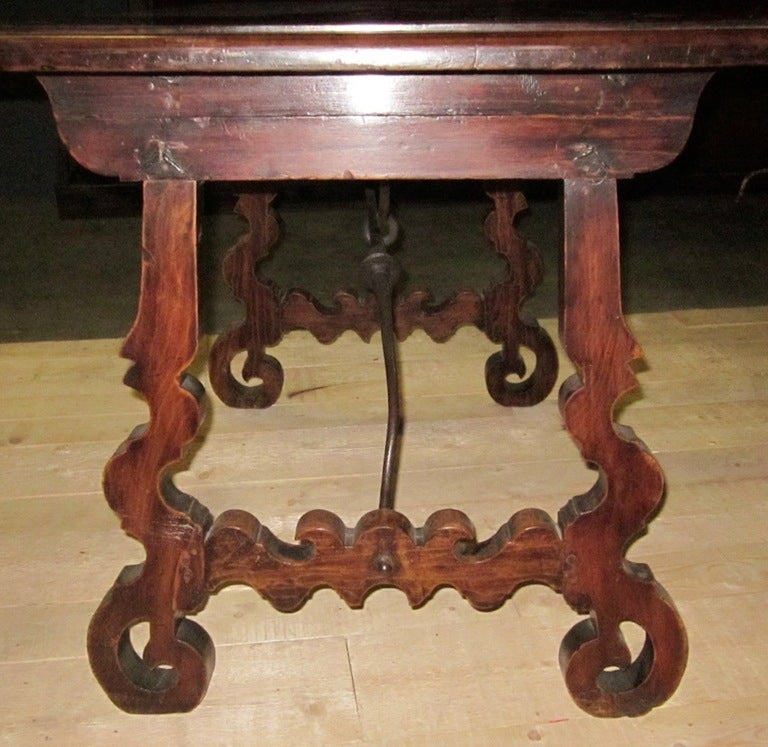 19th Century Italian Walnut Side Table with Iron Cross Bar Base For Sale 1