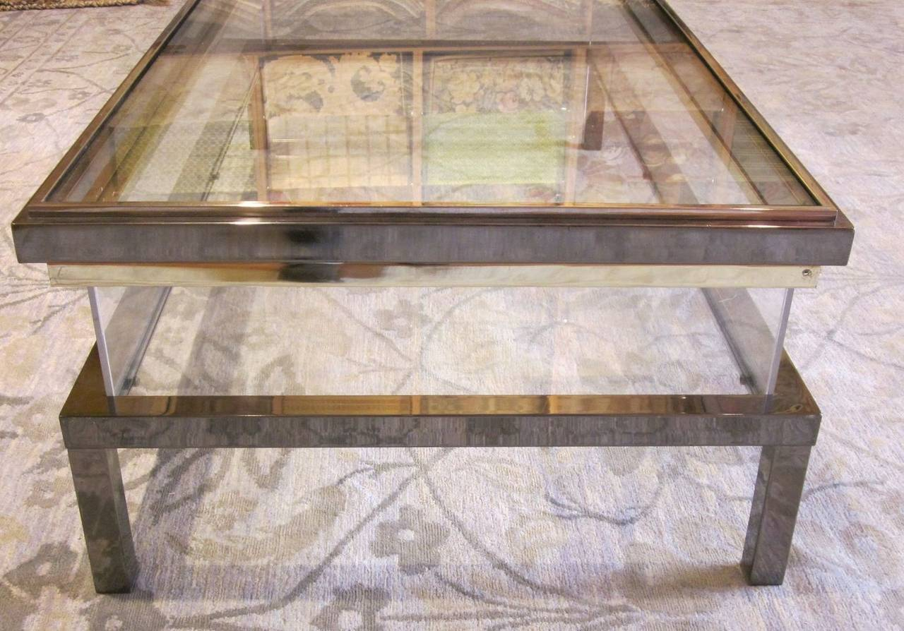Belgian polished nickel vitrine coffee table circa 1960s for Table vitrine