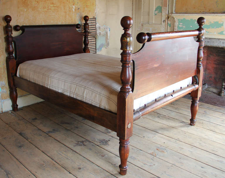19th Century American Cannonball Bed At 1stdibs