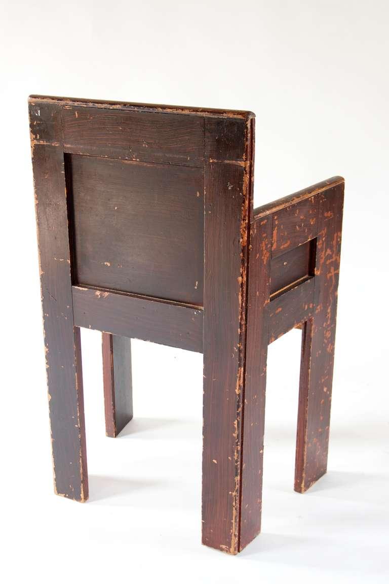Minimalist Grain Painted Scottish Chair For Sale