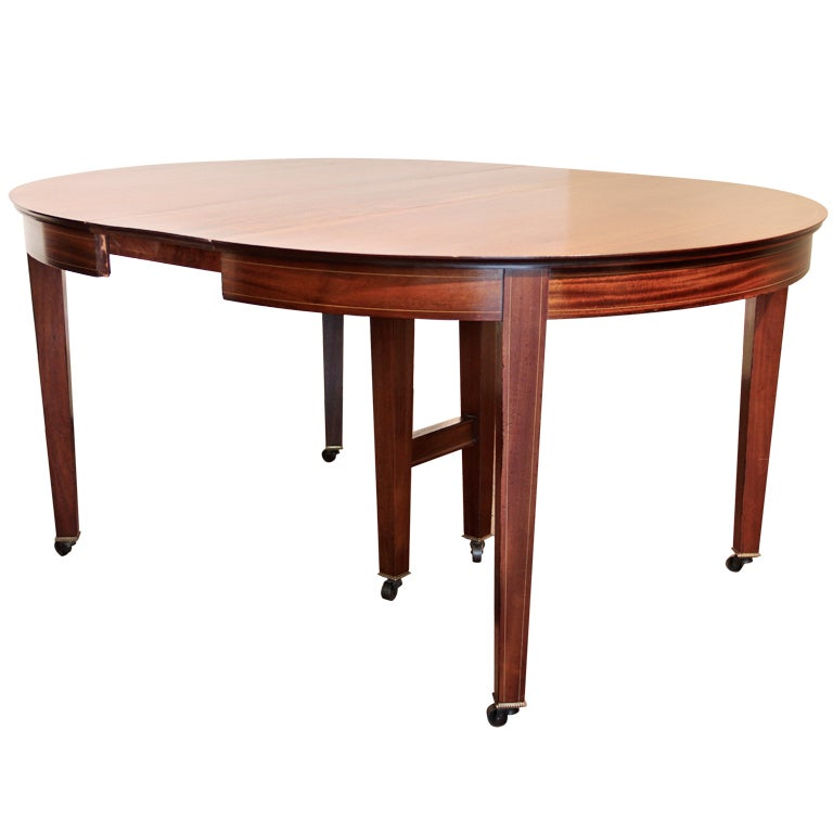 Hepplewhite Style Dining Table With Six Leaves At 1stdibs