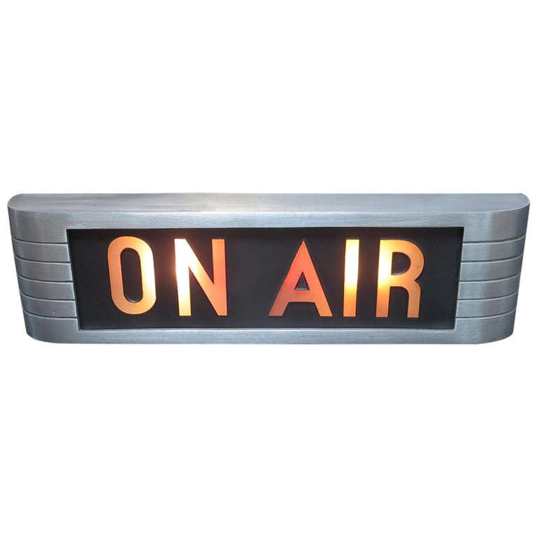 Art deco rca on air studio lamp for Air deco