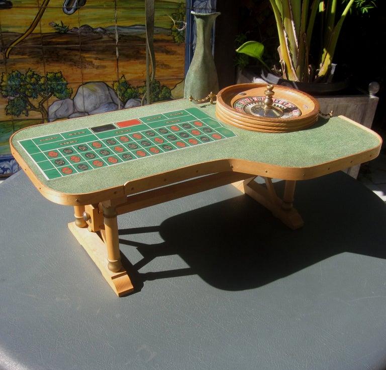 Table top roulette table from desert inn las vegas at 1stdibs for Furniture of america las vegas