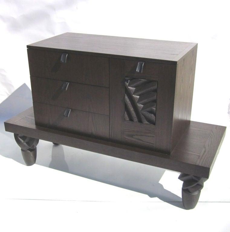 Wendell castle signed cabinet at 1stdibs for Expressive kitchen cabinets