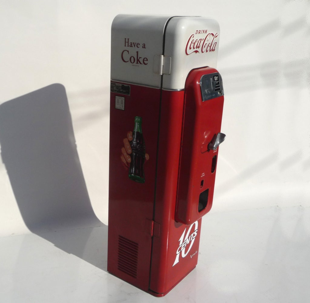 Coca Cola Vendo 44 Soda Machine in Original Paint For Sale 1