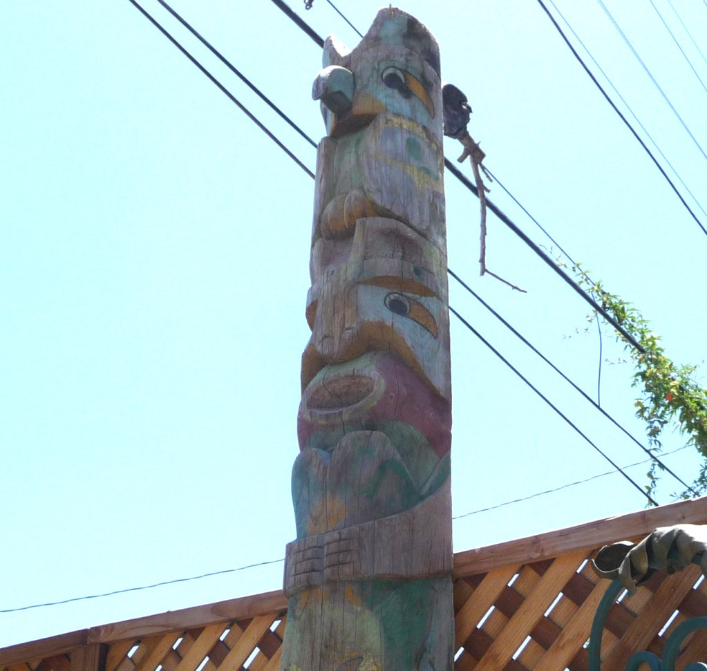 Pacific Northwest Carved Totem Pole image 10