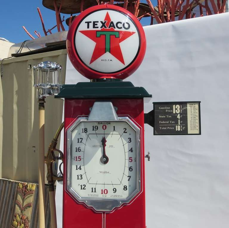 1932 Fully Restored Lighted Texaco Gas Pump image 3