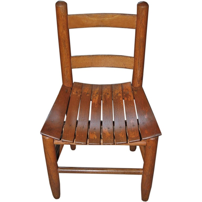 Early 1900s american child 39 s chair at 1stdibs for Child s first chair