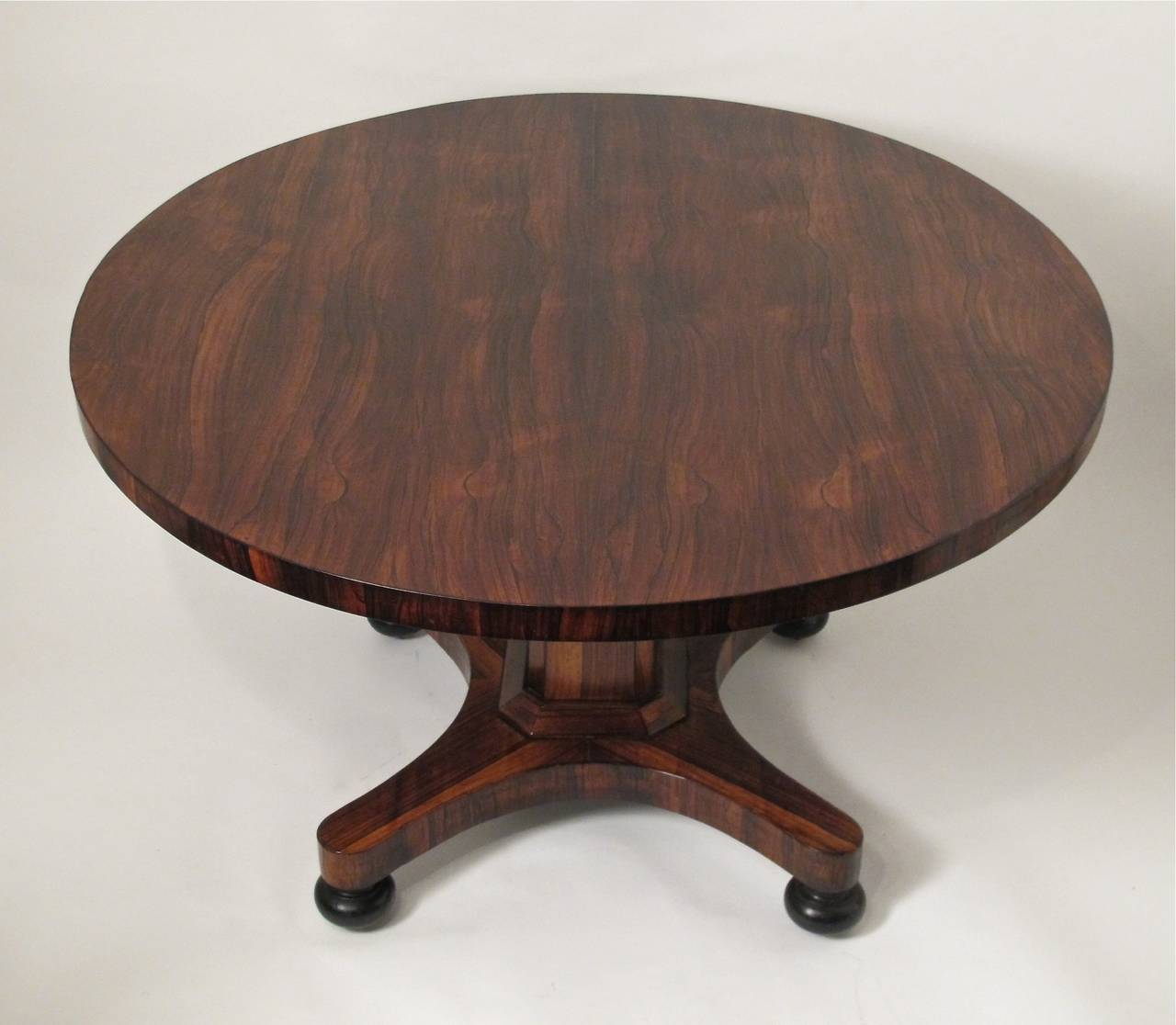 English regency rosewood breakfast table at 1stdibs for Table 6 brunch