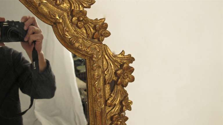 Pair of 18th Century Italian Giltwood Mirrors In Good Condition For Sale In San Francisco, CA