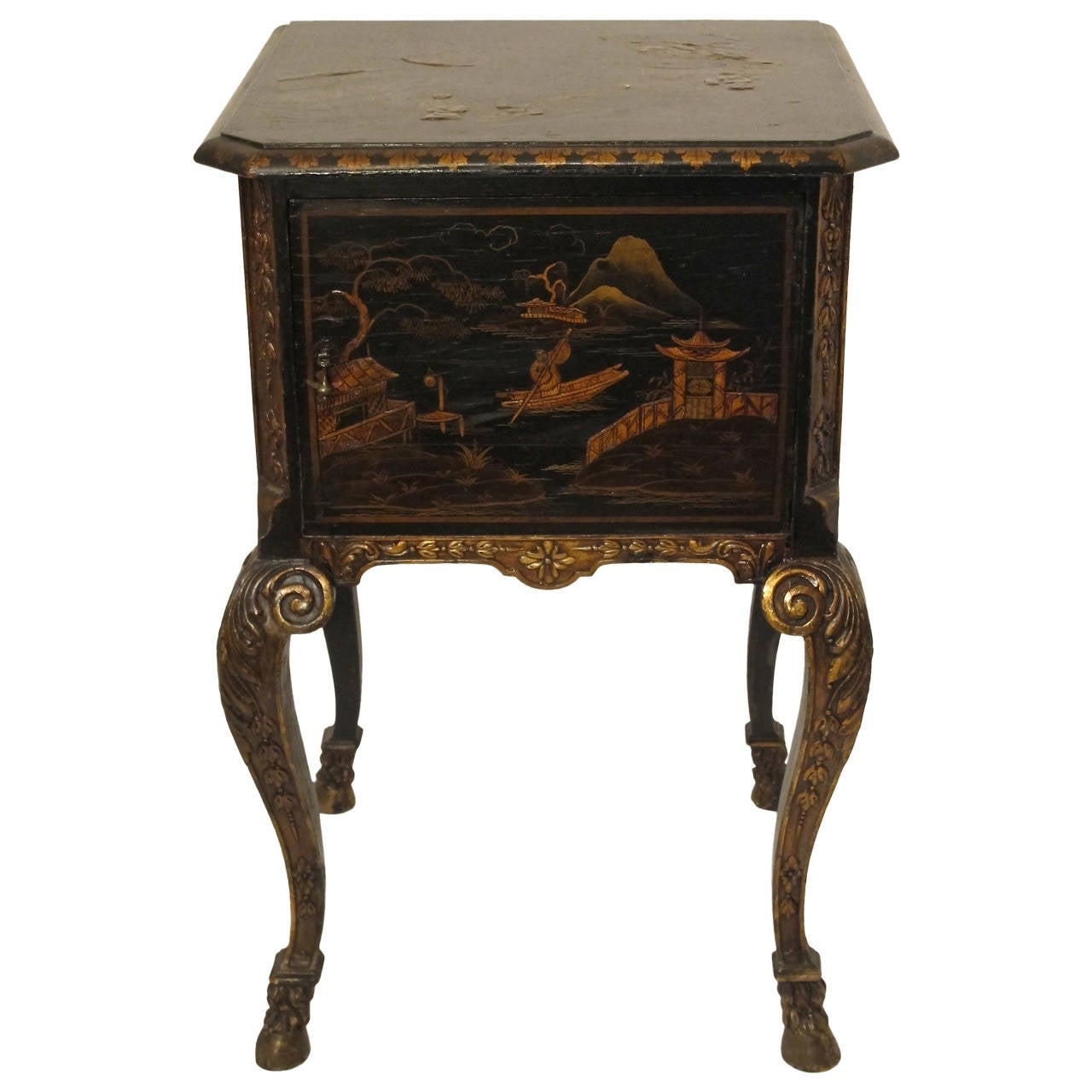 19th Century Chinoiserie Bedside Cabinet 1
