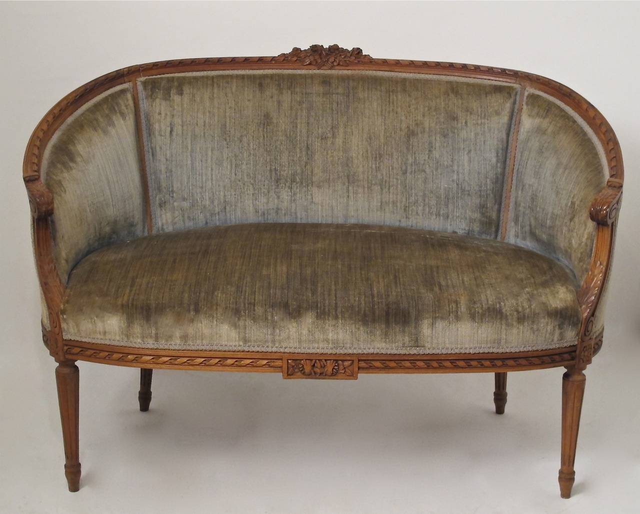 French louis xvi canape at 1stdibs for Canape french