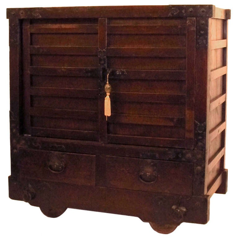 19th Century Japanese Wheeled Merchant Tansu Chest For Sale