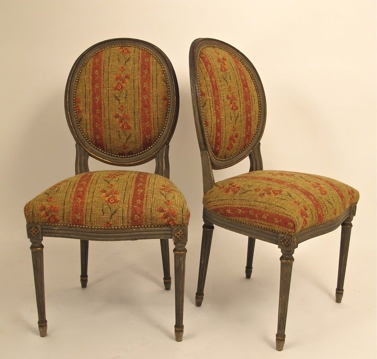 Carved French Louis XVI Style Side Dining Chairs Set of Four For Sale