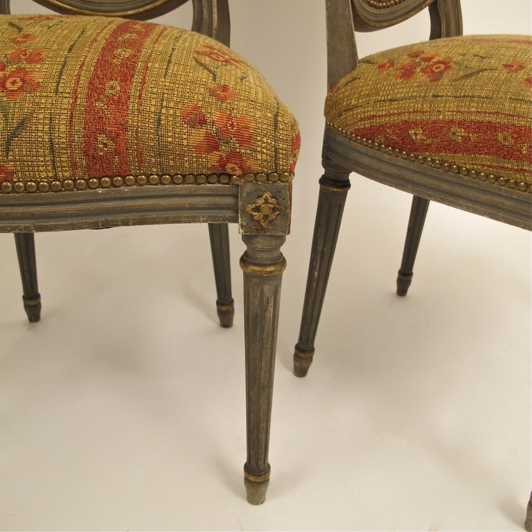French Louis XVI Style Side Dining Chairs Set of Four In Excellent Condition For Sale In San Francisco, CA