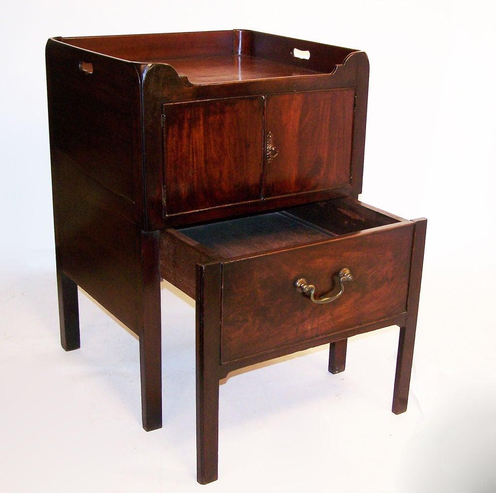 18th Century Georgian Mahogany Bedside Commode Cabinet English, circa 1830 For Sale