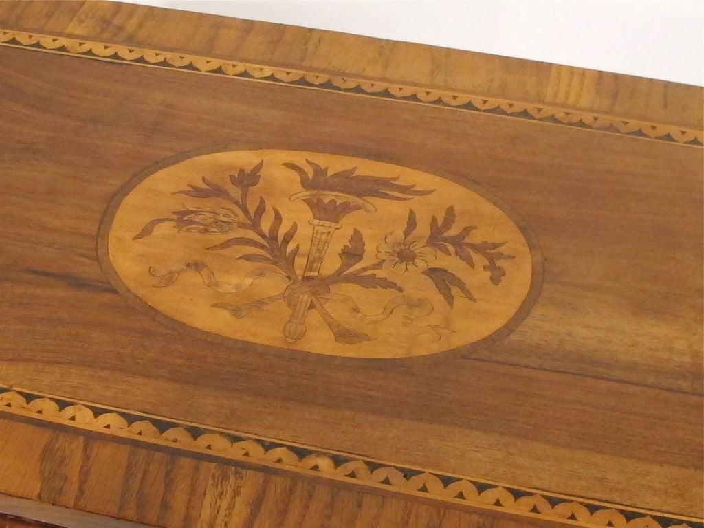 Walnut Marquetry Inlay Comodino Side Table, Italian, 18th Century For Sale 1