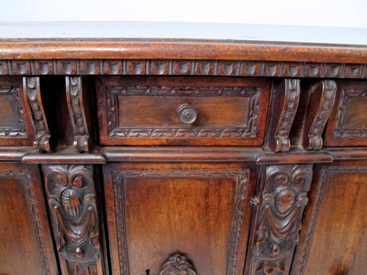 Carved 17th Century Italian Buffet or Credenza For Sale