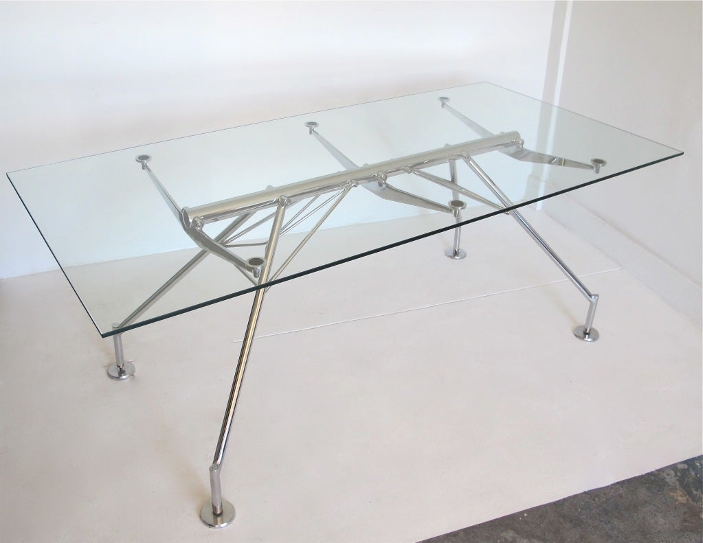 quotNomosquot Style Chrome and Glass Desk after Norman Foster at  : 812813400558222 from www.1stdibs.com size 1023 x 791 jpeg 71kB