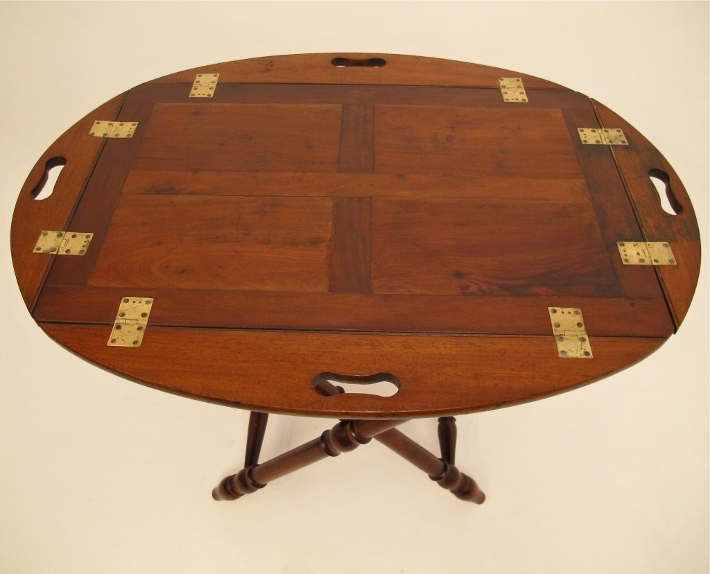 English Mahogany Butlers Tray with Stand In Excellent Condition For Sale In San Francisco, CA