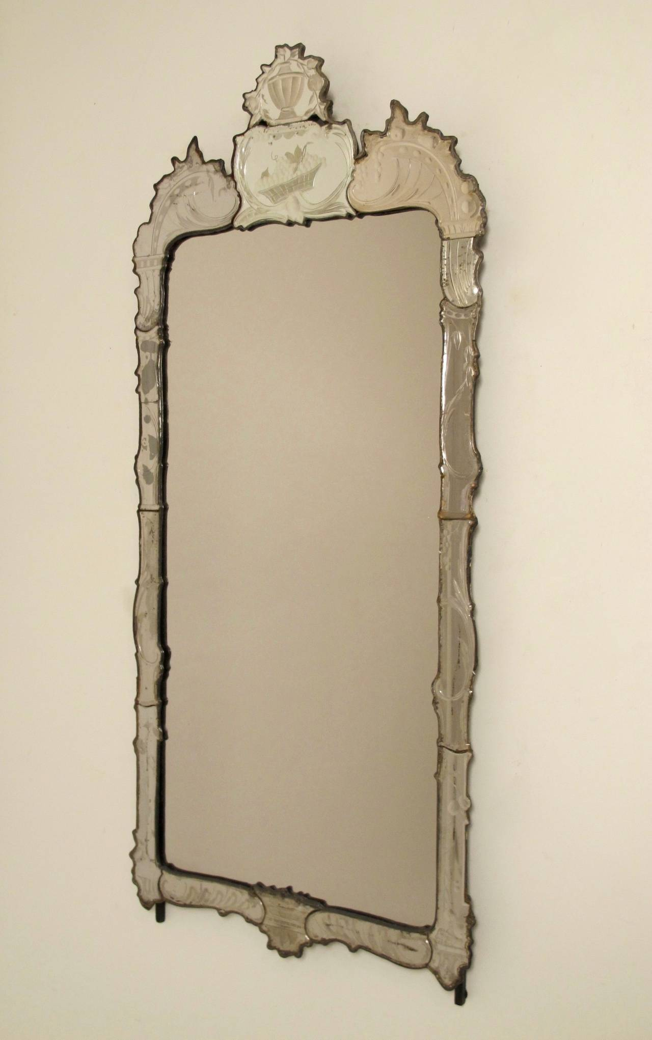 18th Century Venetian Mirror at 1stdibs