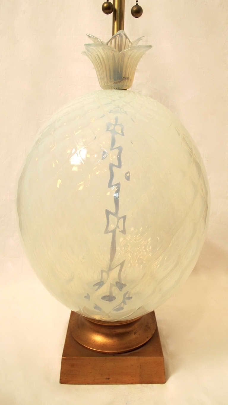 Venetian Opaline Pineapple Lamp In Excellent Condition For Sale In San Francisco, CA