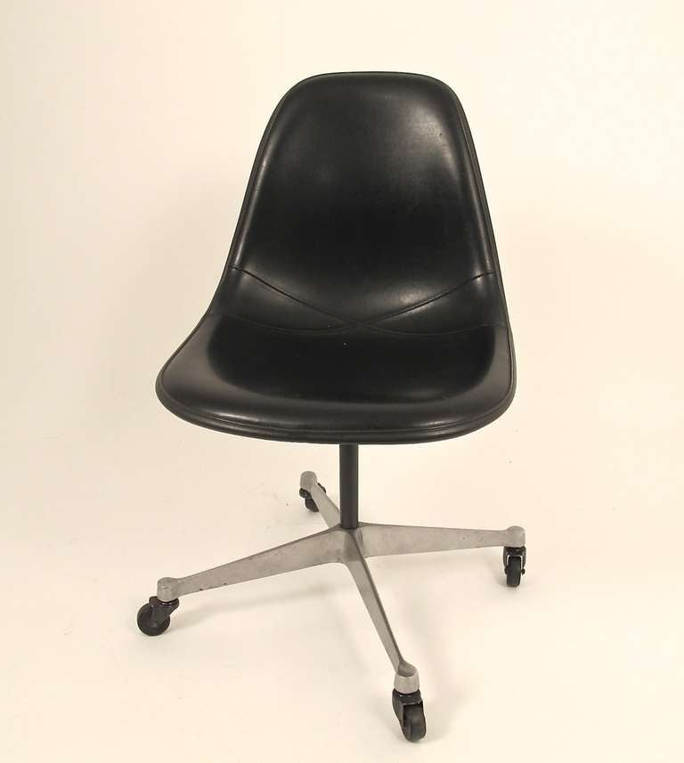 Vintage Eames Shell Chair For Herman Miller 3