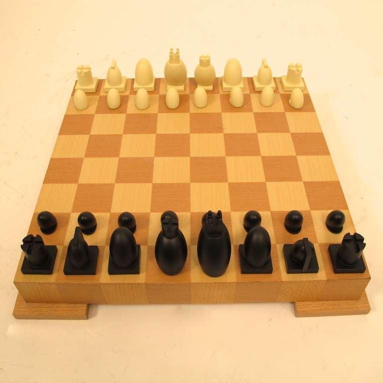 Modern Chess Set Modern Chess Set At 1stdibs