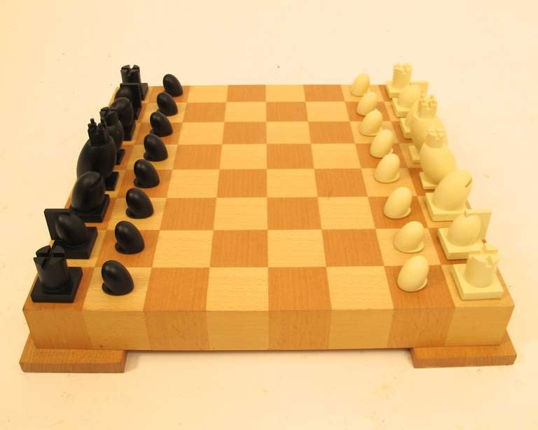 modern chess set image 5