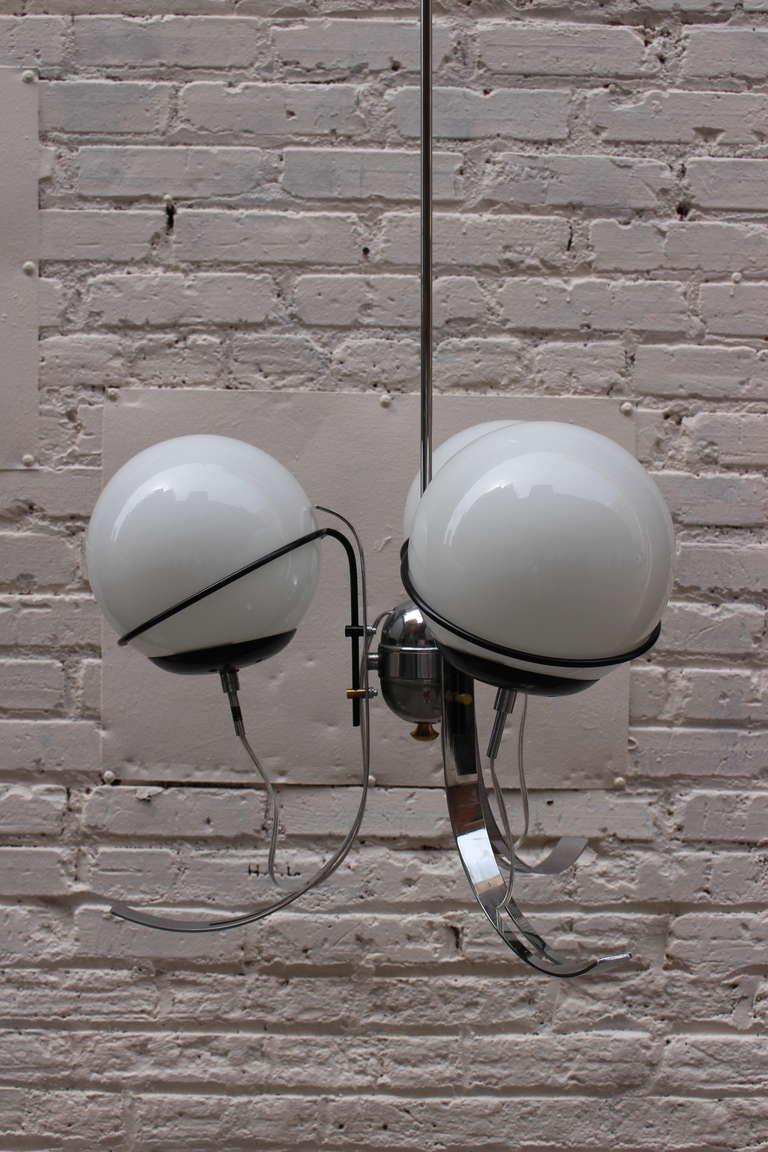 Italian chandelier by Gino Sarfatti.