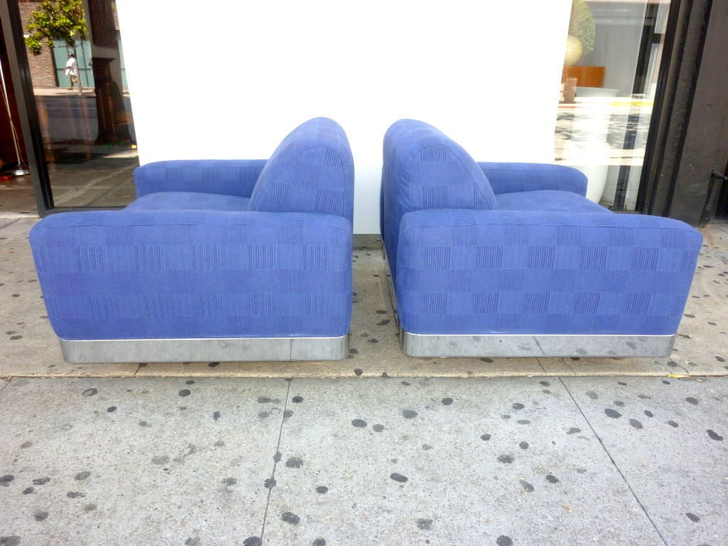 Late 20th Century Italian Lounge Chairs For Sale